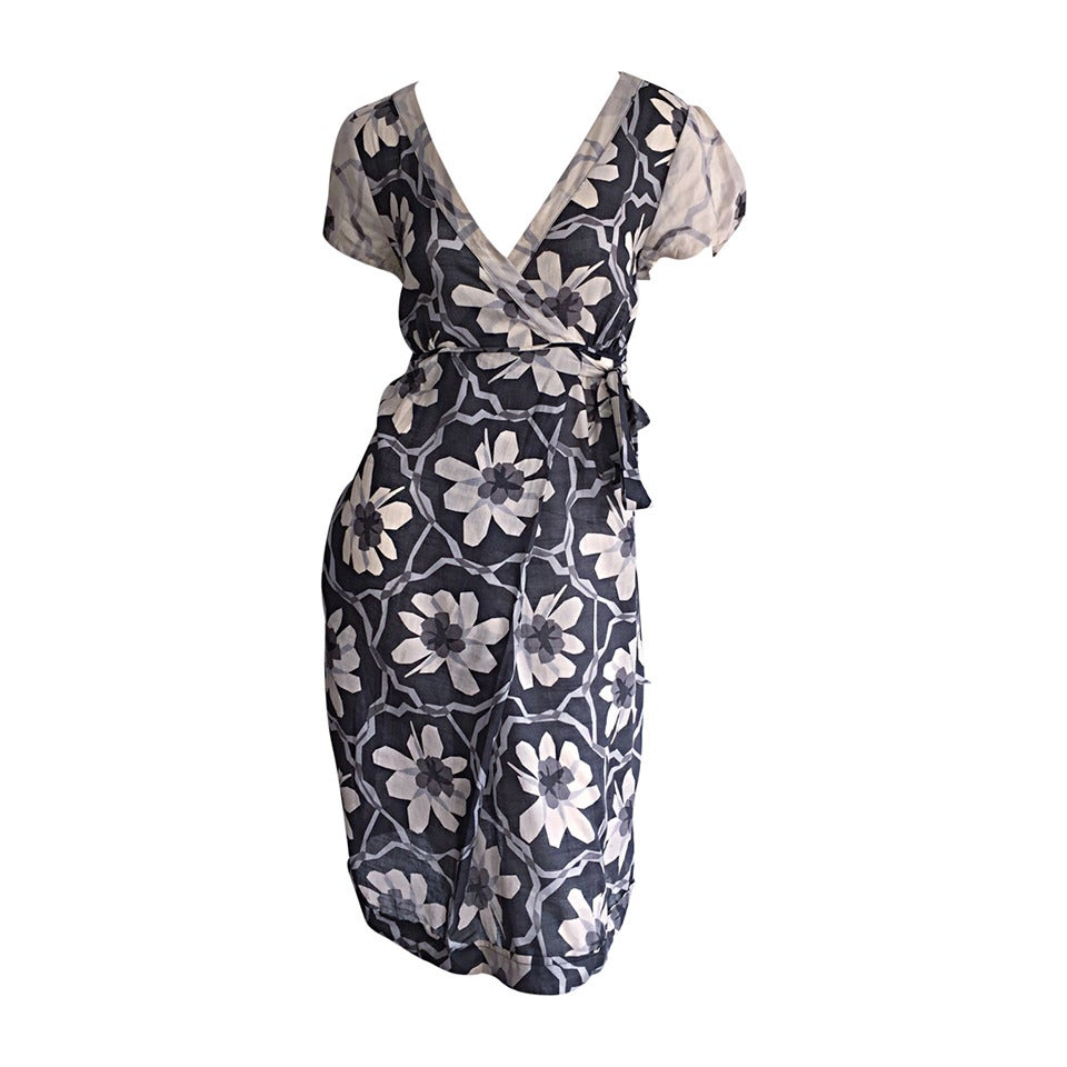 Max Mara Gray + White Flower Print Faux Wrap Dress w/ Pockets