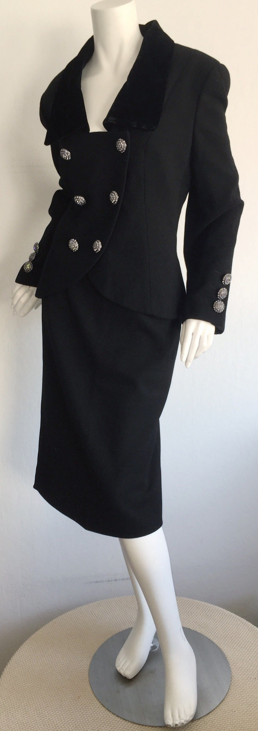 Vintage Andrea Odicini Couture Black Skirt Suit + Rhinestone Buttons Size Large In Excellent Condition For Sale In Chicago, IL