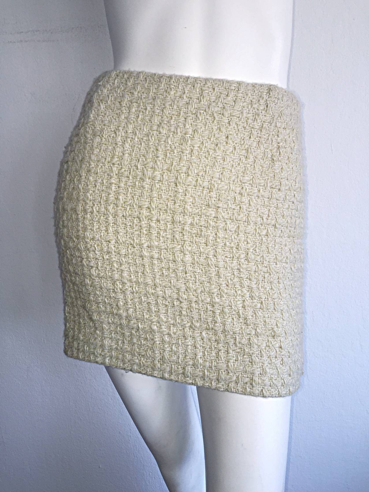 Women's Sexy 1990s Vintage Gianni Versace Couture Ivory Off - White Cashmere Mini Skirt For Sale