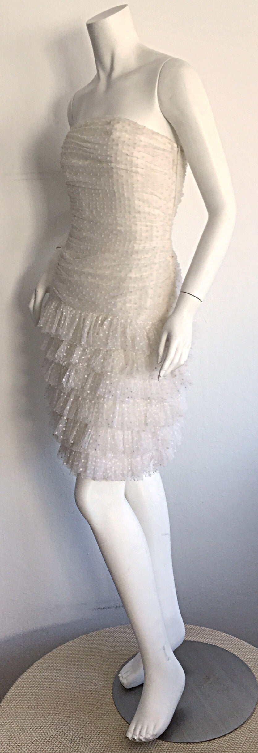 1990s Carolyne Roehm White Polka Dot ' Feathered ' Strapless Wedding Dress 3