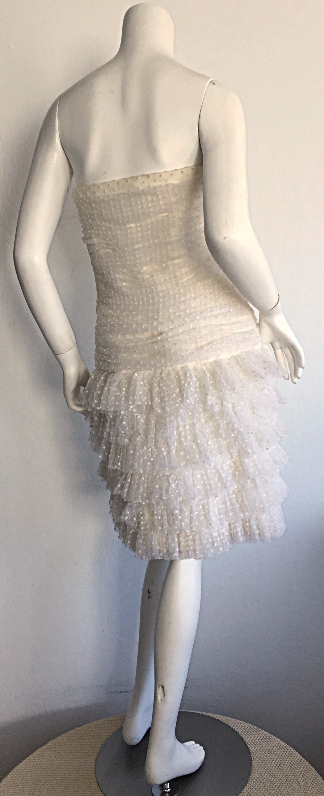 1990s Carolyne Roehm White Polka Dot ' Feathered ' Strapless Wedding Dress 6
