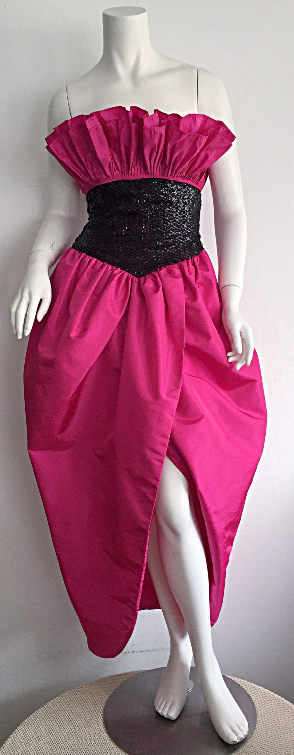 Incredible Vintage Victor Costa for Neiman Marcus Hot Pink Origami Tulip Dress 2