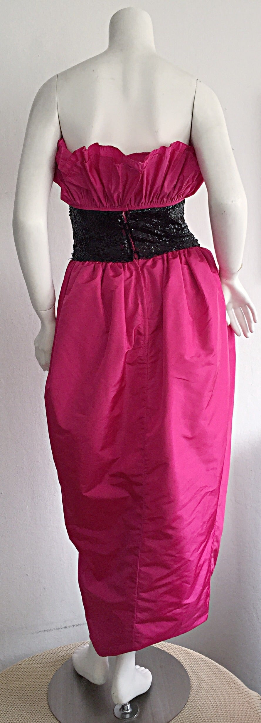 Incredible Vintage Victor Costa for Neiman Marcus Hot Pink Origami Tulip Dress For Sale 2