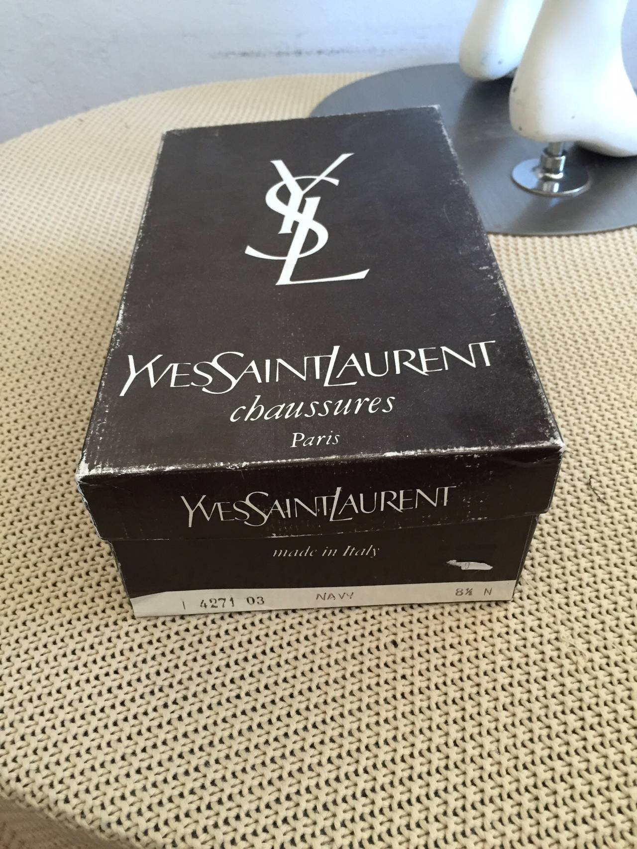 Yves Saint Laurent Navy Blue Avant Garde Rhinestone Vintage Heels Shoes Size 8.5 8