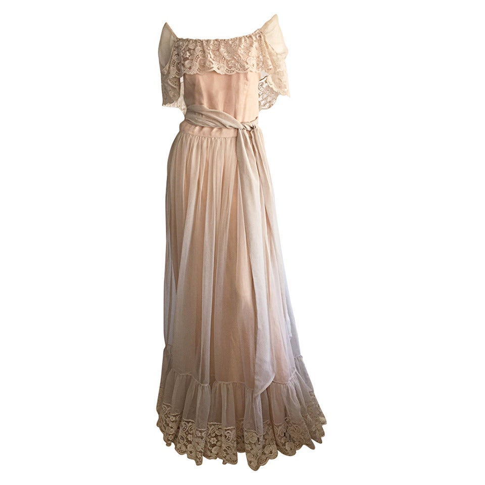 Beautiful Ethereal Vintage Victor Costa Cream Lace Bohemian Wedding Dress / Gown For Sale