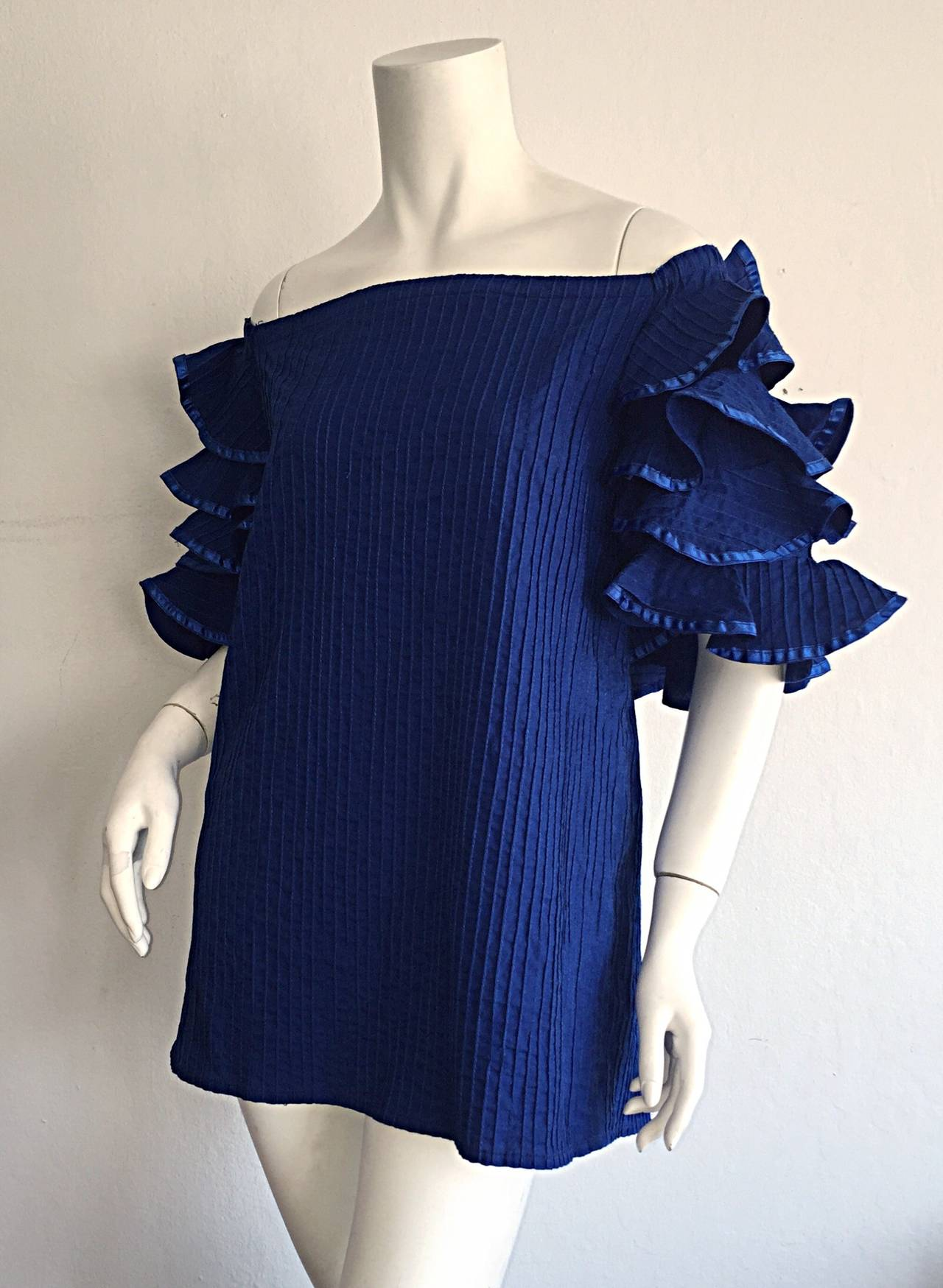 Vintage Tachi Castillo Blue Cotton Ruffle Prairie Tiered Sleeves Mexican Blouse In Excellent Condition For Sale In San Francisco, CA