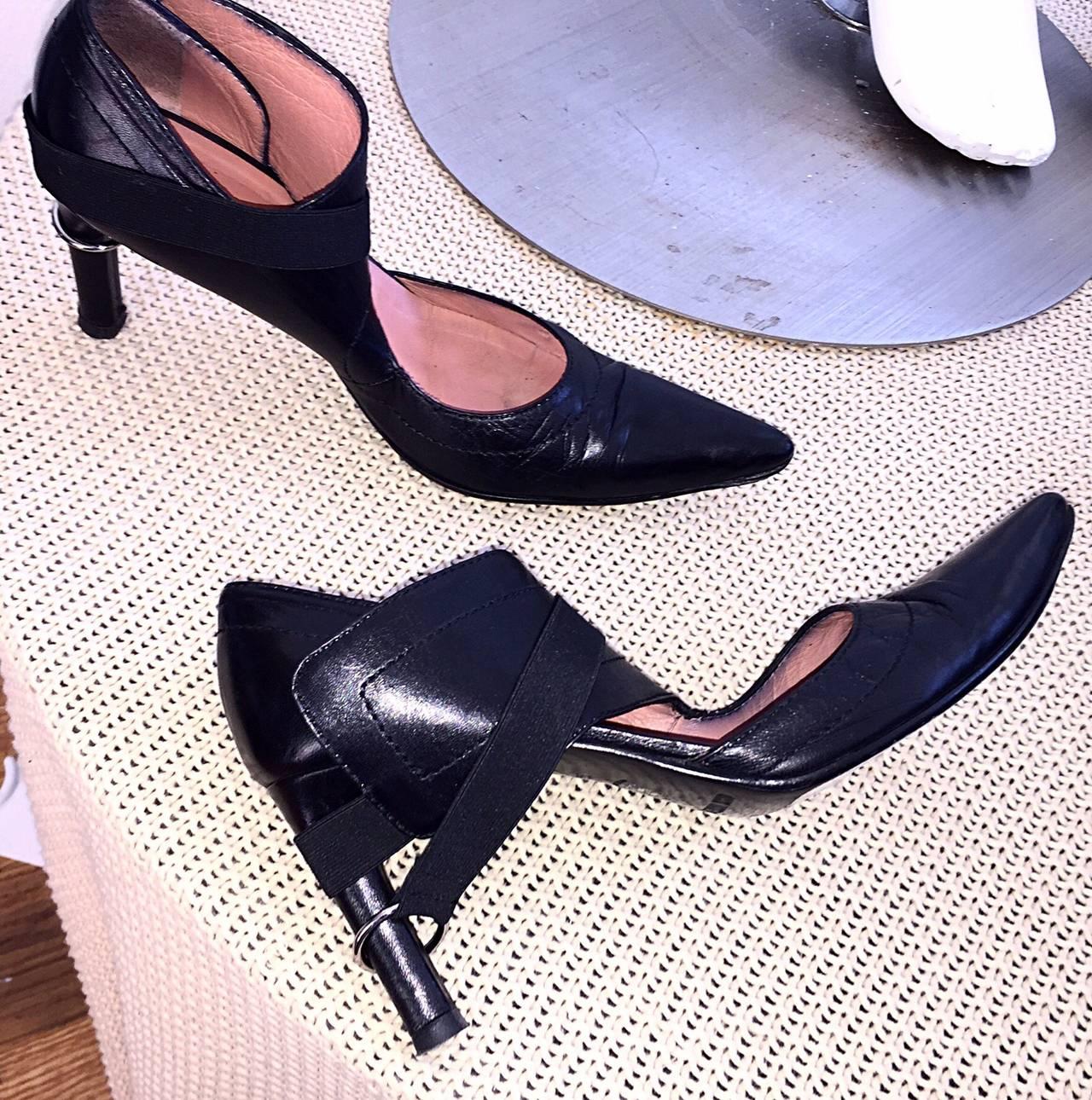 Rare Dirk Bikkembergs Black Leather Runway ' Bondage ' Loop Heels Size 38 8 For Sale 3