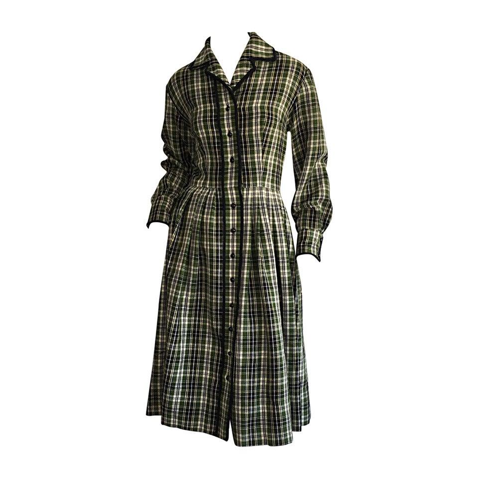 Chic 1950s Vintage Henri Bendel Pret a Porter Green Tartan Plaid Wool Dress