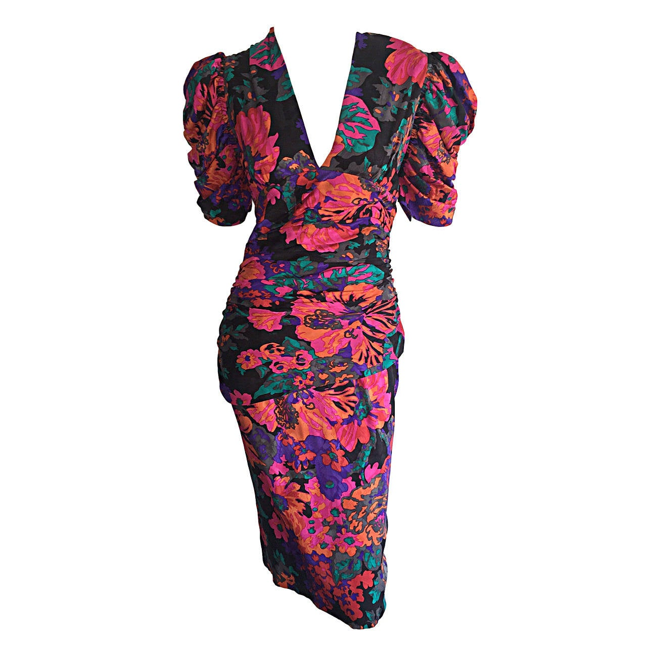 Beautiful Vintage Flora Kung ' Hibiscus ' Floral Colorful Silk Ruched Dress