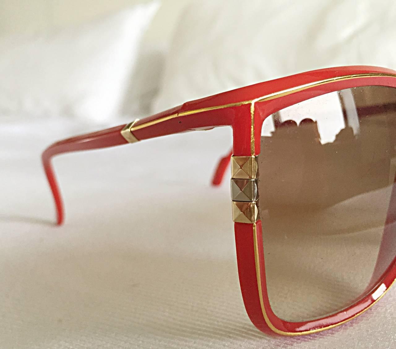 1970s Leonard Vintage Red Cat Eye Oversized Runway Sunglasses / Glasses 3