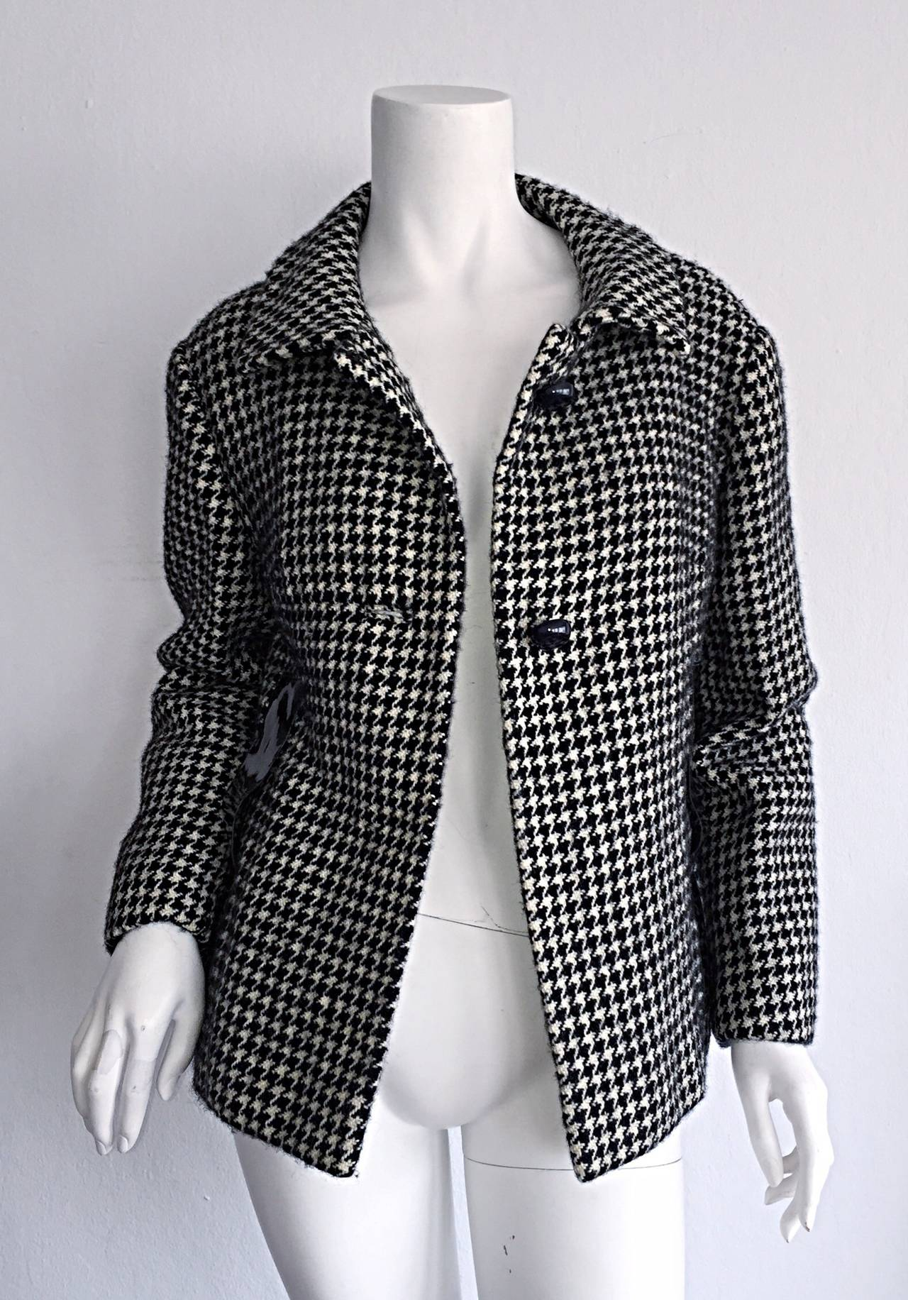 1960s Pierre Cardin Black + White Houndstooth Space Age Jacket For Sale 1