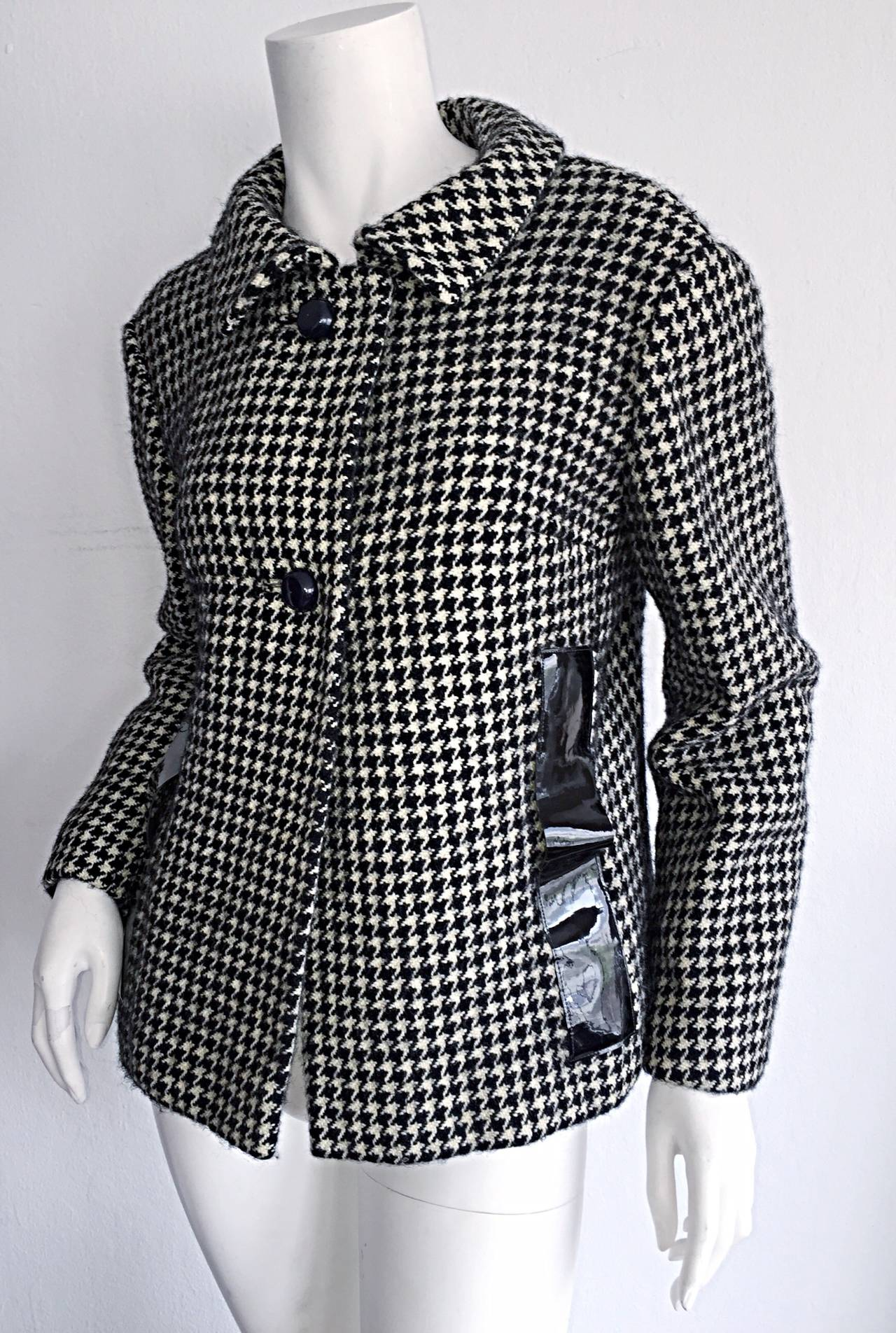 1960s Pierre Cardin Black + White Houndstooth Space Age Jacket For Sale 5