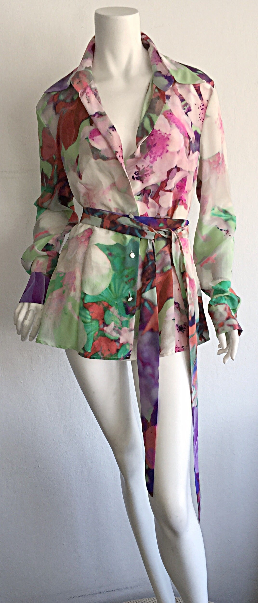 Beautiful Escada Silk Watercolor Blouse w/ Deteachable Neck Tie + Belt 2