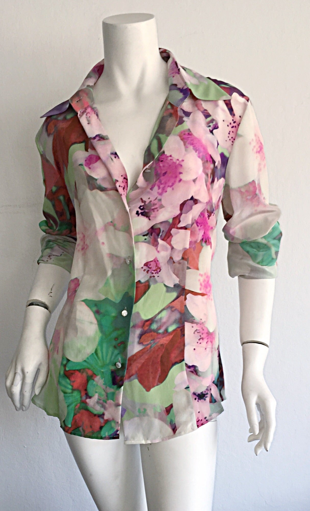 Beautiful Escada Silk Watercolor Blouse w/ Deteachable Neck Tie + Belt 3
