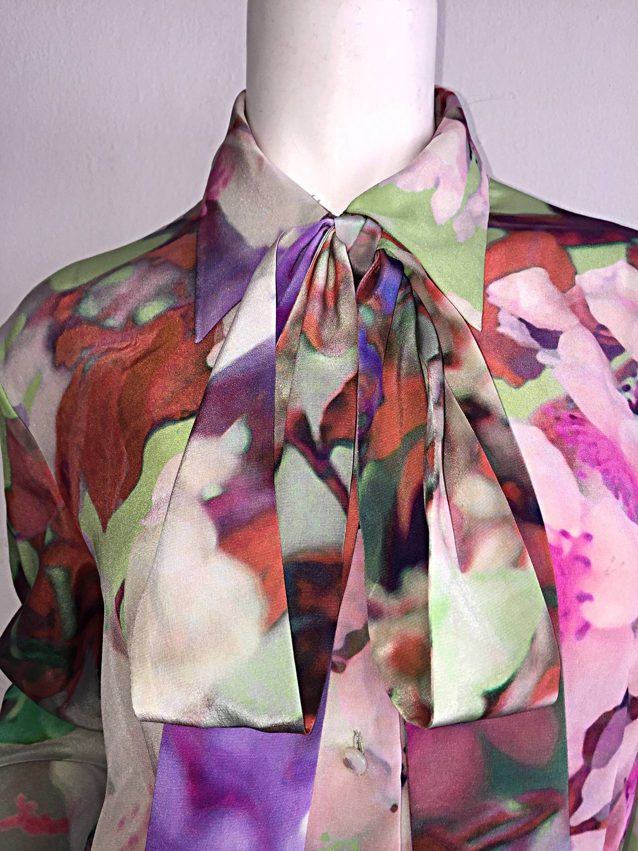 Beautiful Escada Silk Watercolor Blouse w/ Deteachable Neck Tie + Belt 7