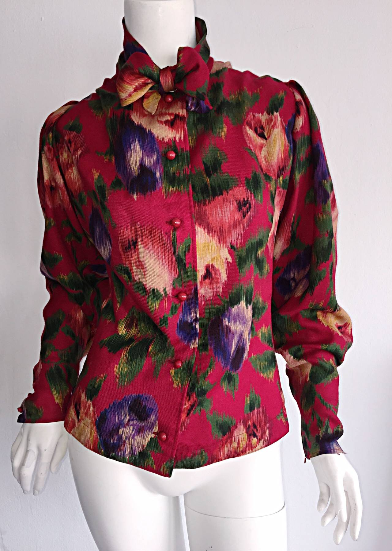 Vintage Emanuel Ungaro Beautiful Rose Watercolor Pussycat Bow Blouse Top 3