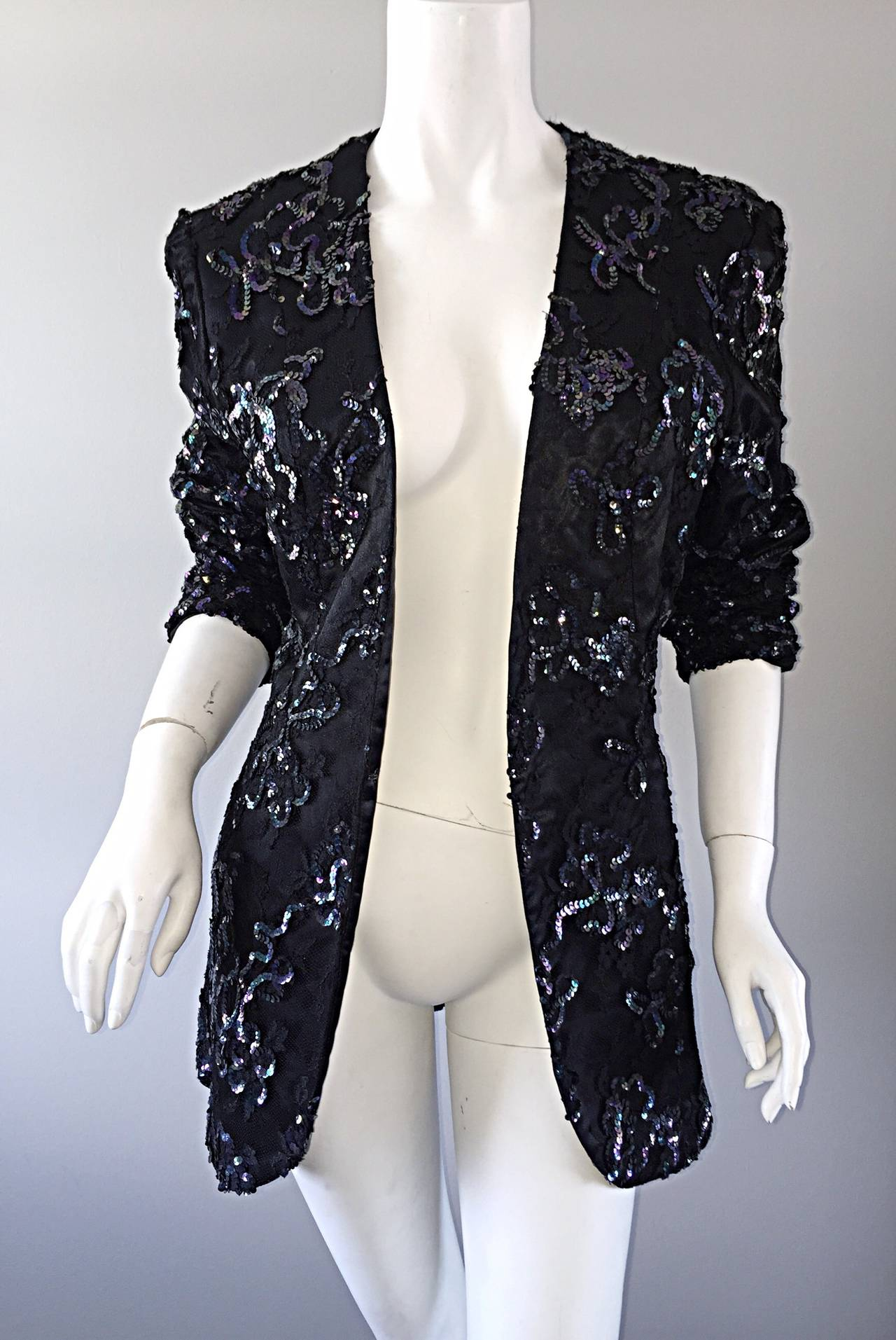 Beautiful Vintage Joanna Mastroianni Sequins and Lace Black Blazer Jacket In Excellent Condition For Sale In Chicago, IL