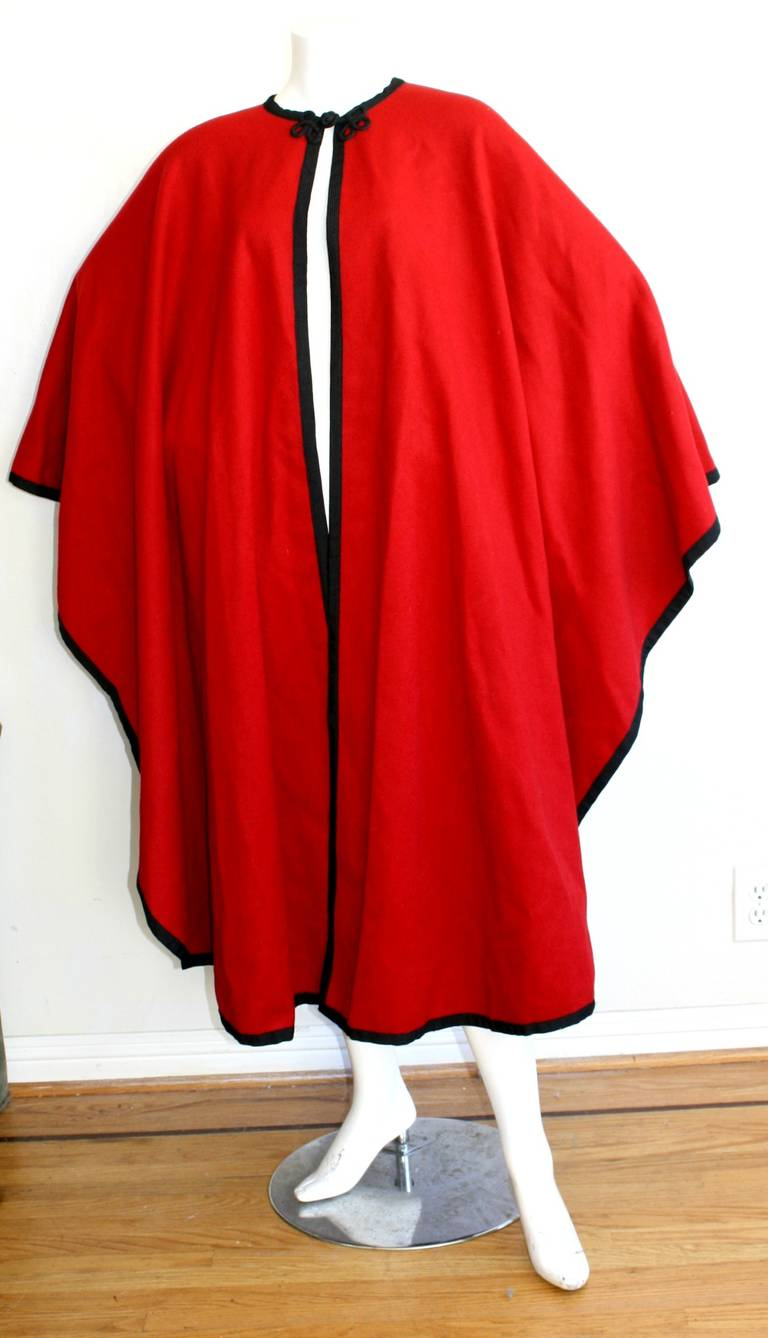 "YSL Yves Saint Laurent Vintage "" Russian Collection "" Red Opera Cape 6"