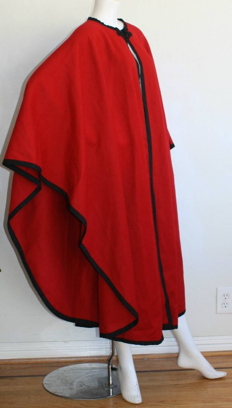 "YSL Yves Saint Laurent Vintage "" Russian Collection "" Red Opera Cape 8"