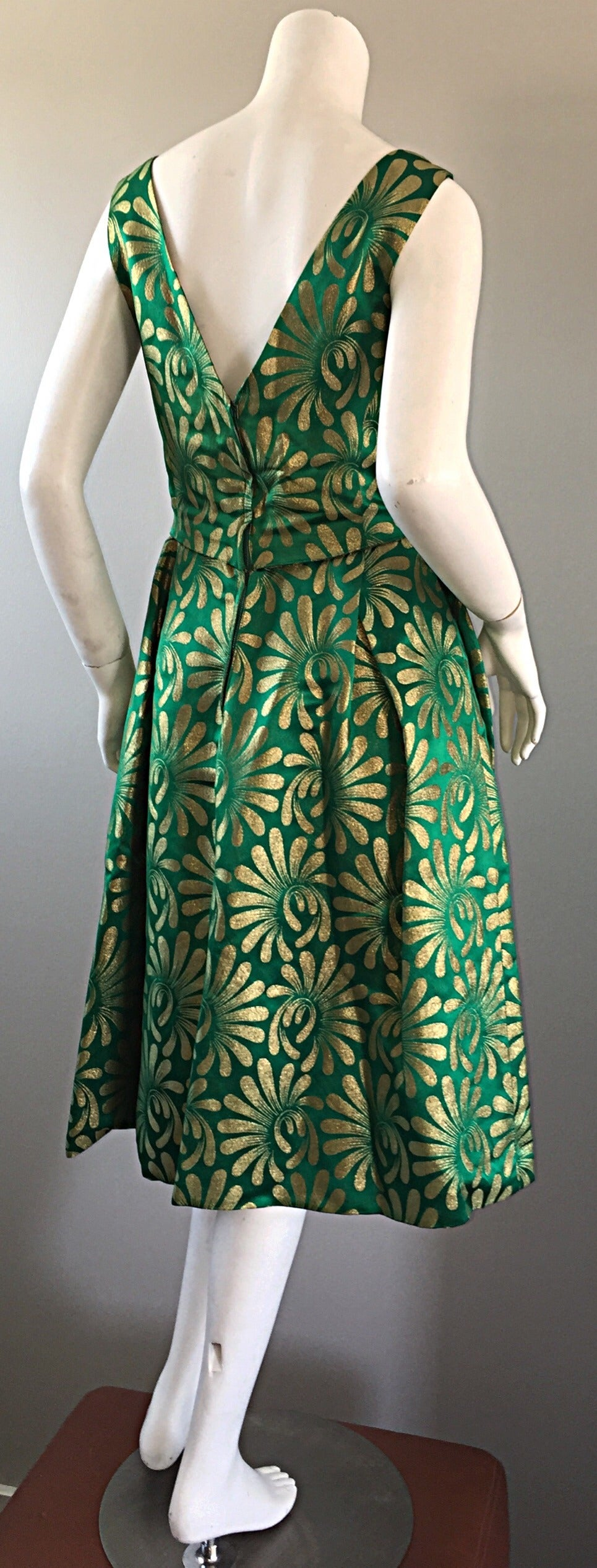 1950s 50s Vintage Blauner for Bonwit Teller Green + Gold ' New Look ' Silk Dress 3
