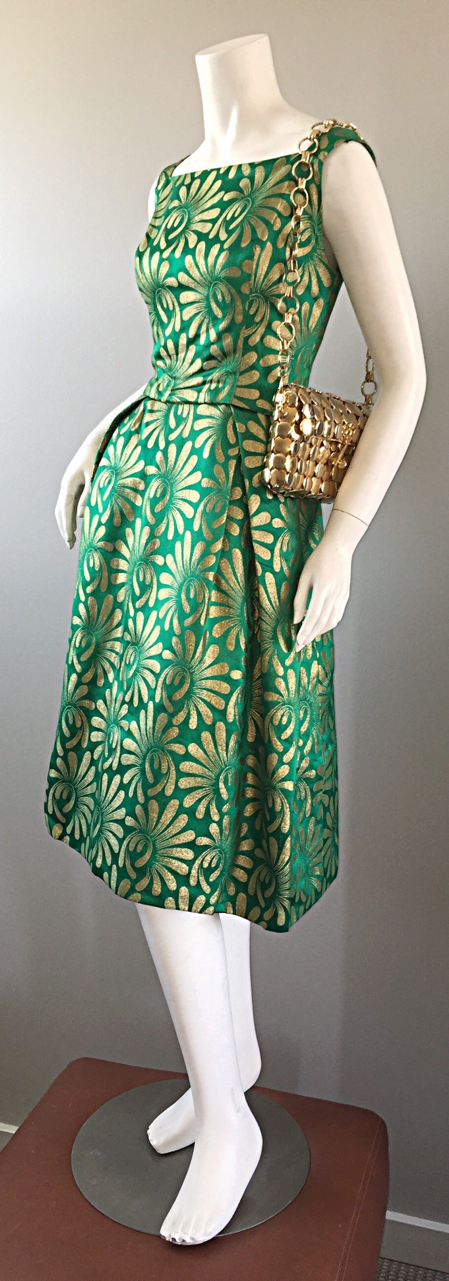 1950s 50s Vintage Blauner for Bonwit Teller Green + Gold ' New Look ' Silk Dress 4