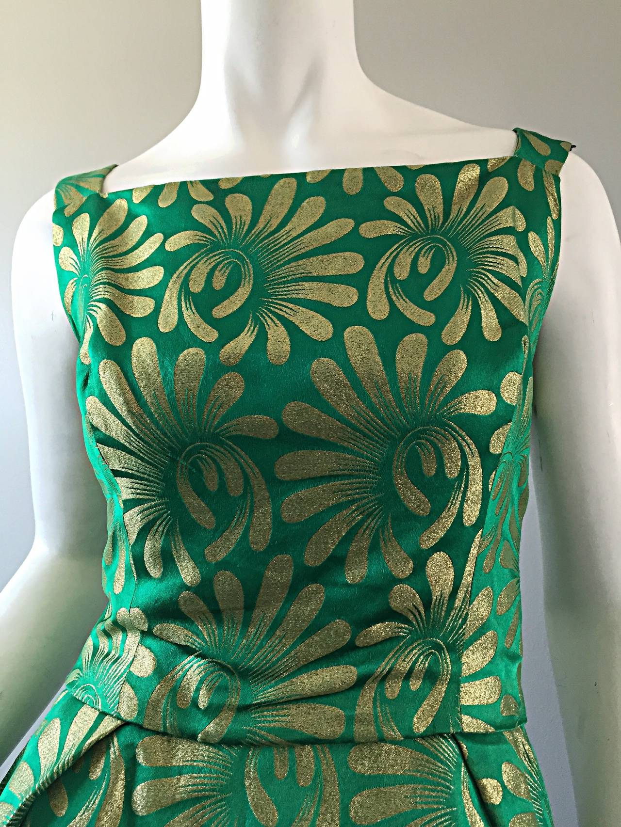 1950s 50s Vintage Blauner for Bonwit Teller Green + Gold ' New Look ' Silk Dress 5