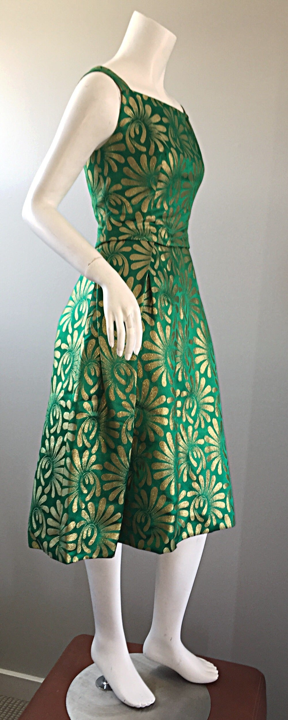 1950s 50s Vintage Blauner for Bonwit Teller Green + Gold ' New Look ' Silk Dress 6