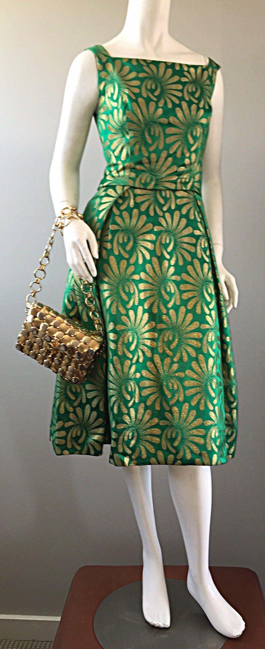1950s 50s Vintage Blauner for Bonwit Teller Green + Gold ' New Look ' Silk Dress 7