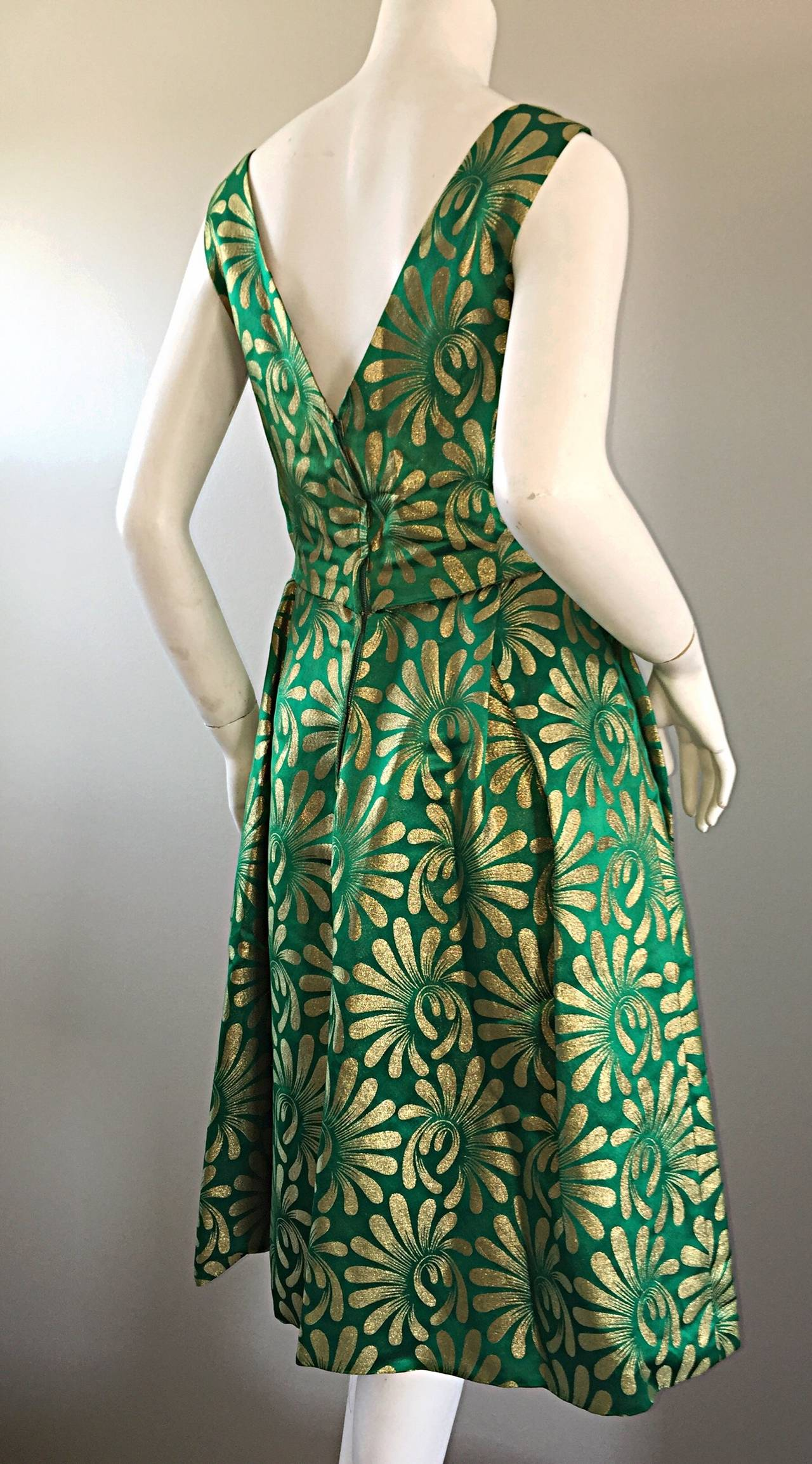 1950s 50s Vintage Blauner for Bonwit Teller Green + Gold ' New Look ' Silk Dress 8