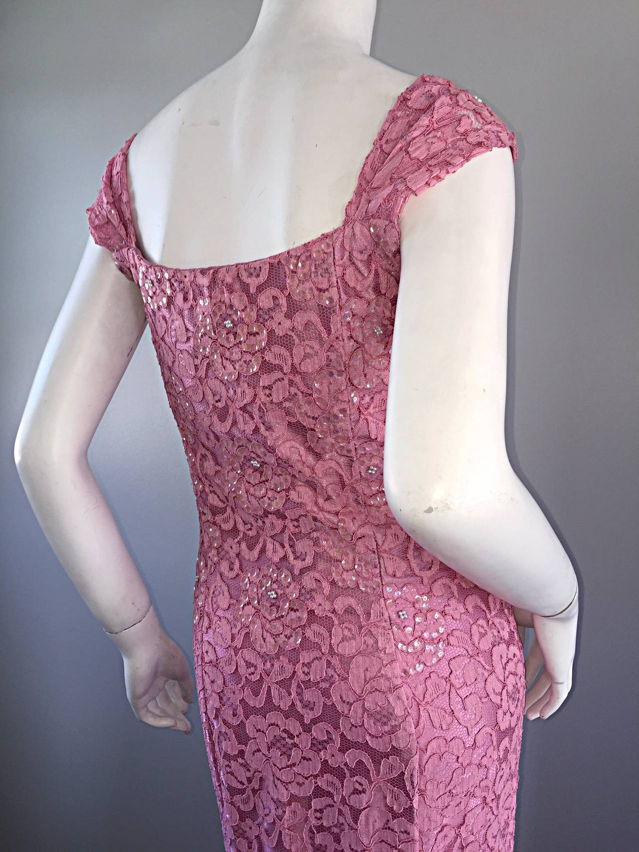 Gorgeous 1950s 50s Couture Pink Vintage Mermaid Dress w/ Chantilly Lace + Sequin 8