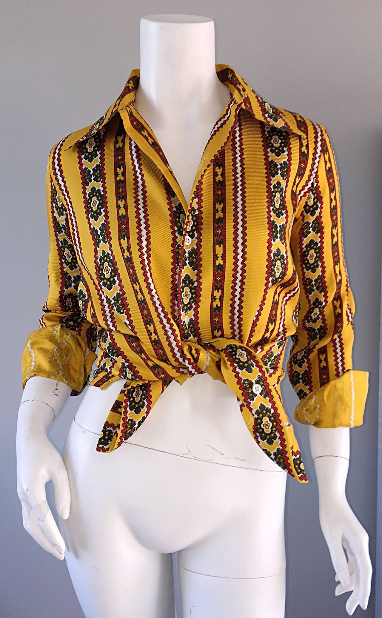 Rare 1980s Ralph Lauren ' Blue Label ' Vintage Aztec Ethnic Silk Blouse Top For Sale 3