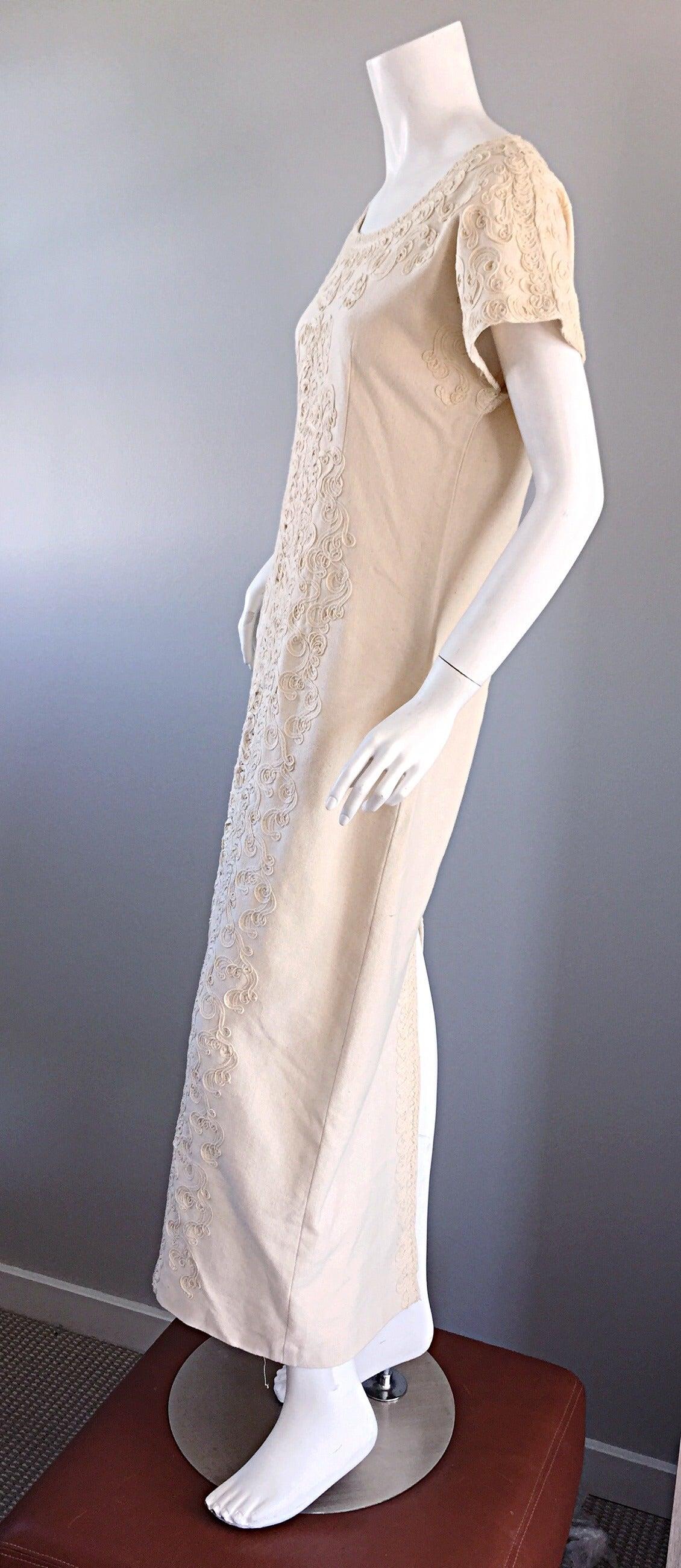 Vintage Tachi Castillo Ivory Hand Embroidered Cotton