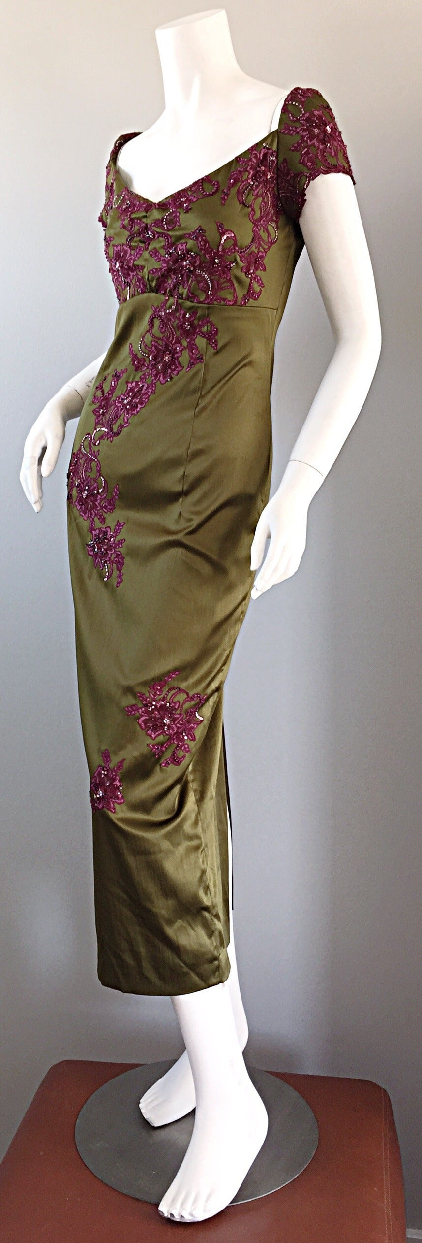 Beautiful Mandalay Chartreuse Merlot Sz 6 Silk Bombshell Dress w/ Beading & Lace In Excellent Condition For Sale In Chicago, IL