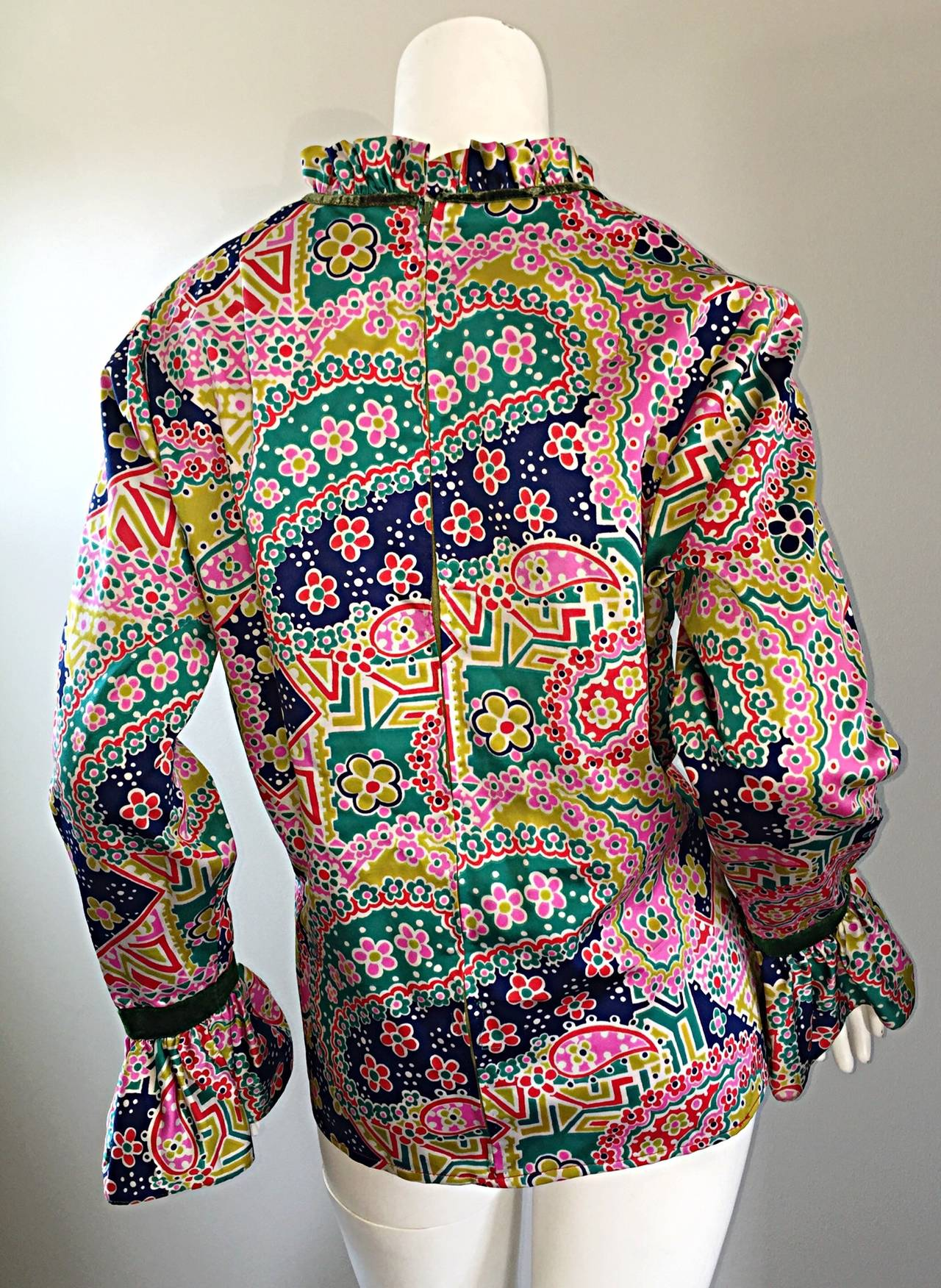 Psychedelic 1970s 70s Paisley + Floral Multi - Color Boho Top / Blouse / Tunic In Excellent Condition For Sale In San Francisco, CA
