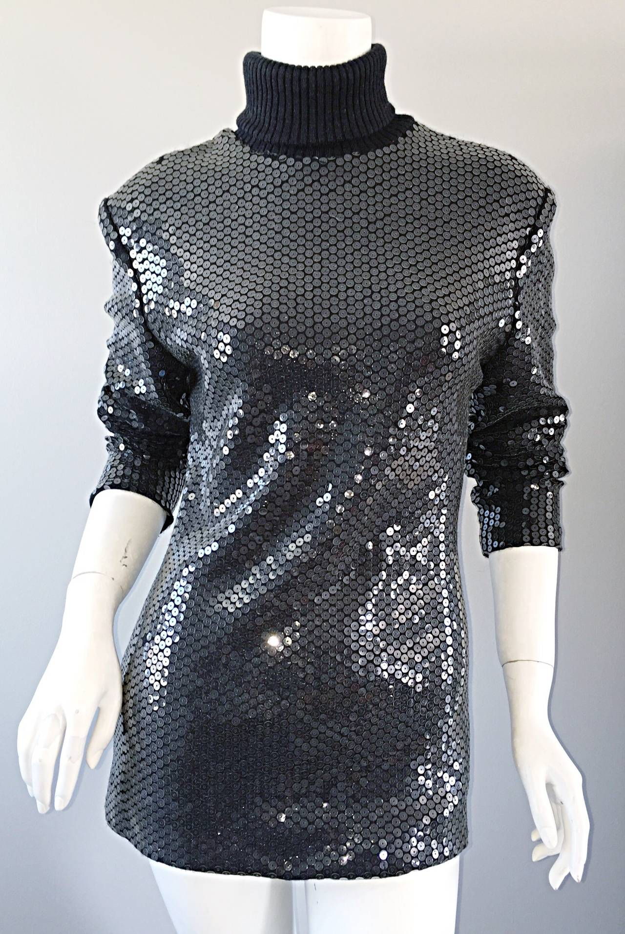 Rare Very Early Michael Kors Runway Sample Gray Sequins Turtleneck Sweater In Excellent Condition For Sale In San Francisco, CA