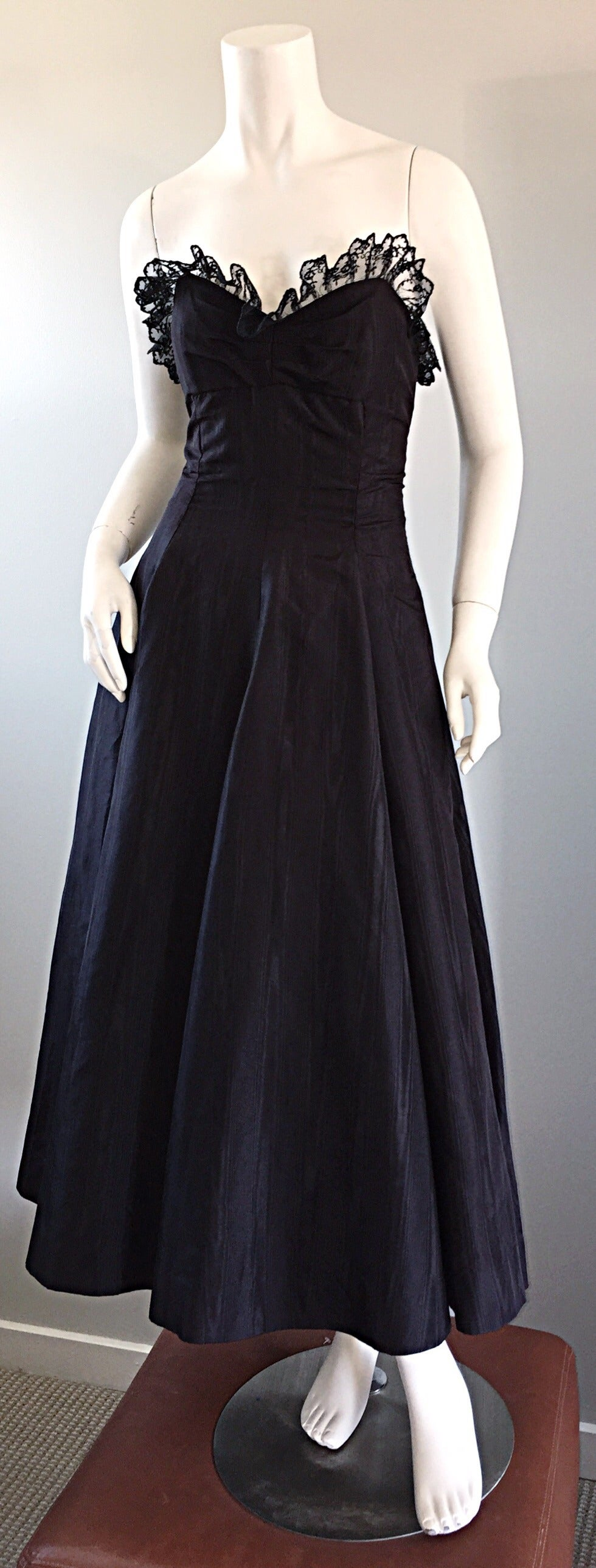 "1950s 50s Black Silk Taffeta + Lace Strapless "" New Look "" Vintage Dress 8"