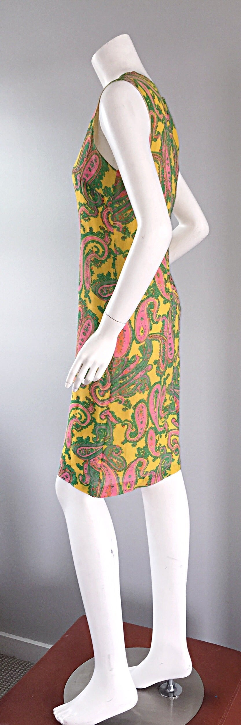 1960s 60s Yellow + Pink + Green Paisley Mod Retro Vintage Cotton Shift Dress For Sale 1