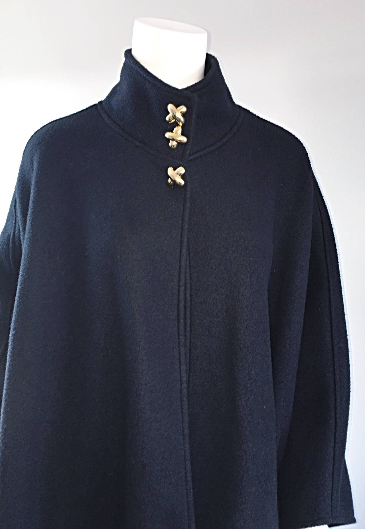 Women's Vintage Lord & Taylor Black Fleece Cape Jacket w/ Gold ' Picasso ' Buttons For Sale