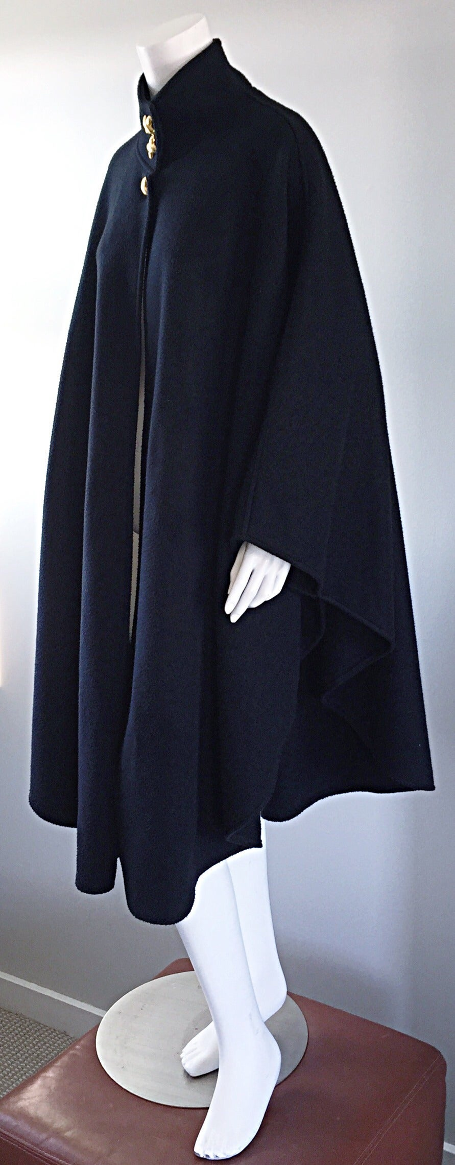 Vintage Lord & Taylor Black Fleece Cape Jacket w/ Gold ' Picasso ' Buttons For Sale 3