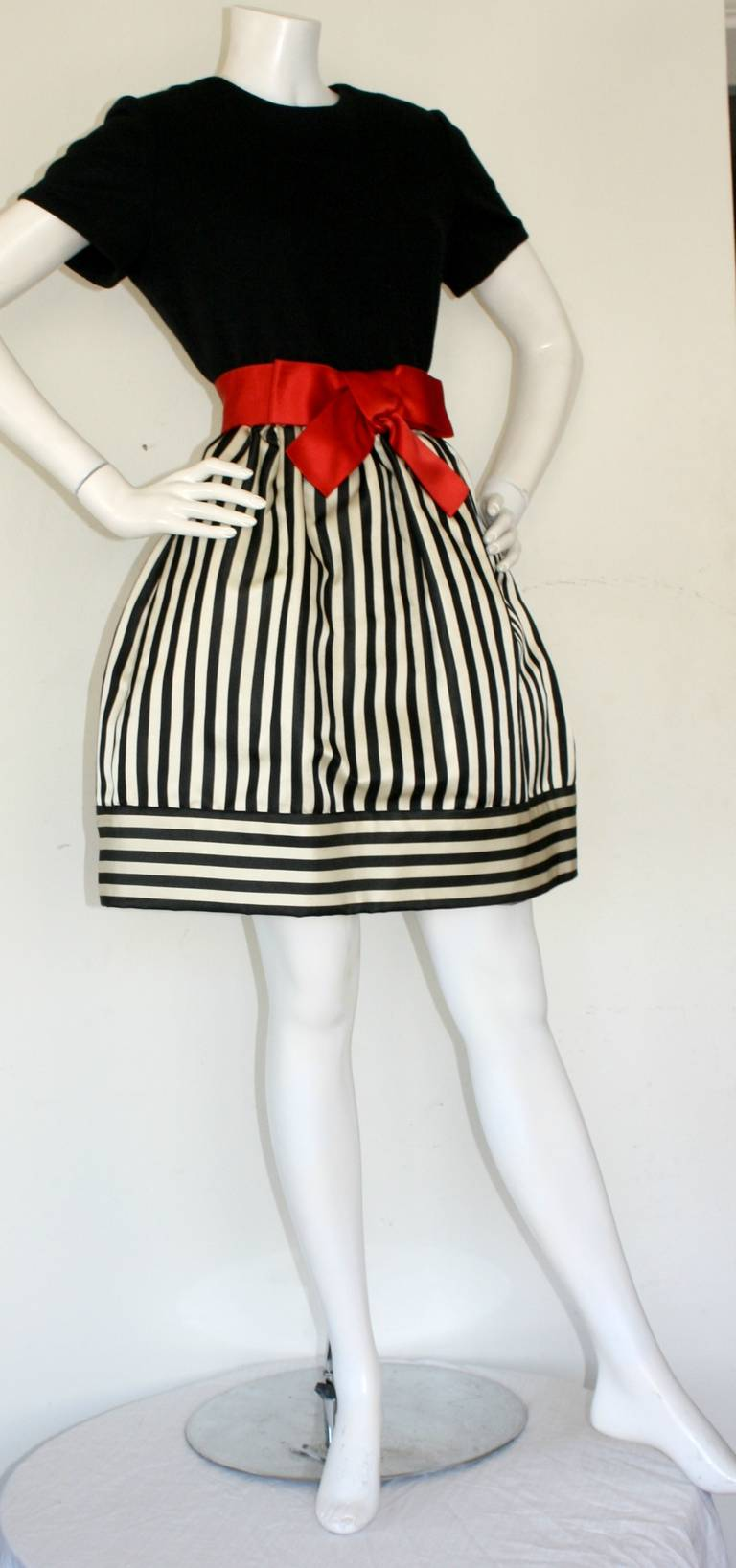 Bill Blass Vintage Black & White Stripe Dress w/ Red Bow Belt 7