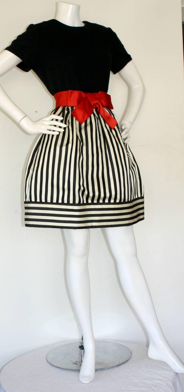 Bill Blass Vintage Black & White Stripe Dress w/ Red Bow Belt For Sale 3