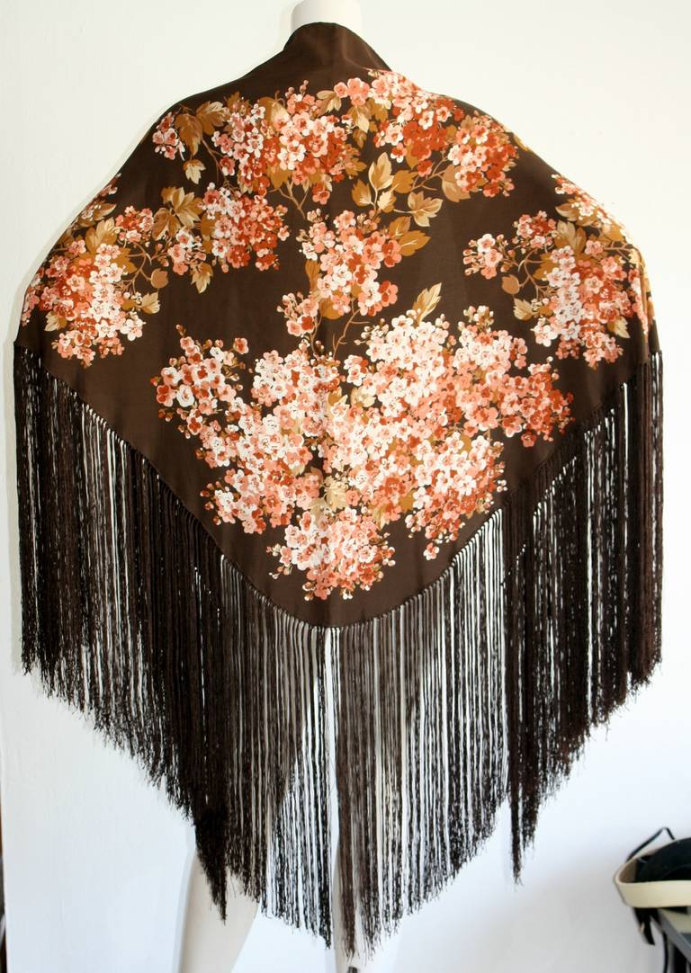 gorgeous vintage gucci 1970s silk floral piano shawl at