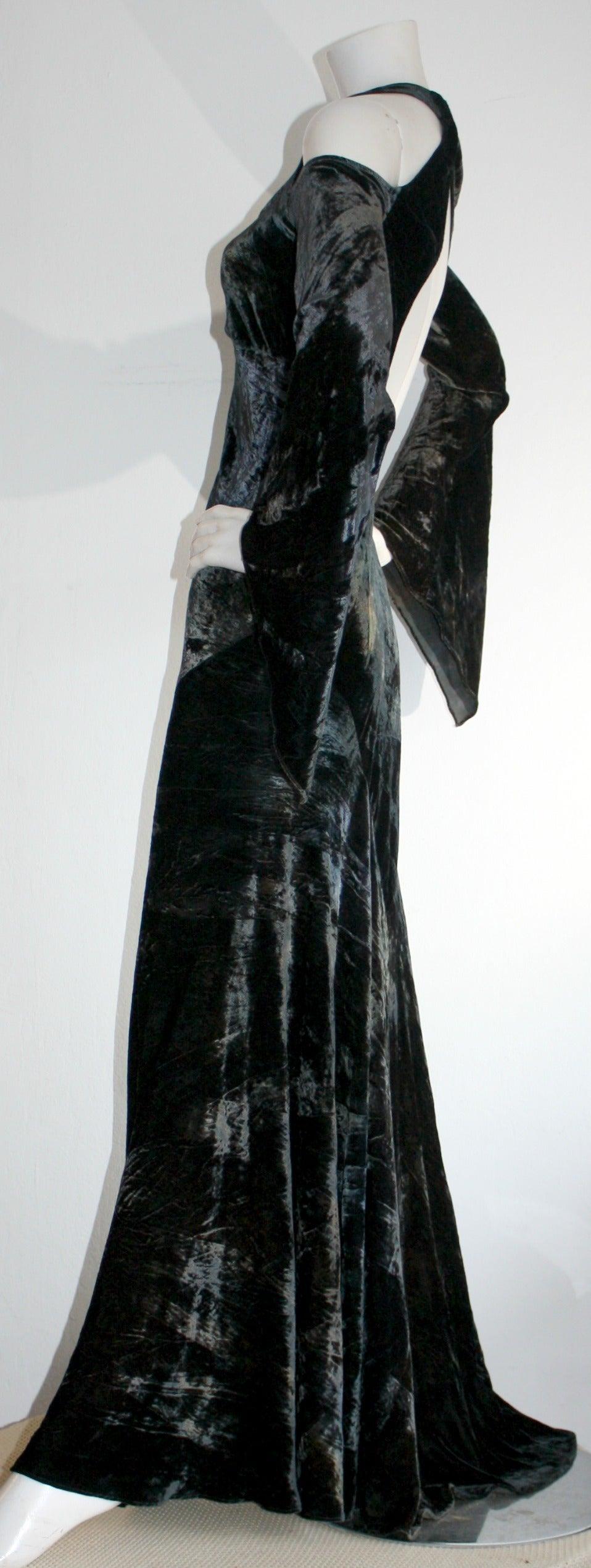 Vintage Donna Karan Ombré Crushed Velvet Blue & Green Open Back Runway Gown For Sale 4
