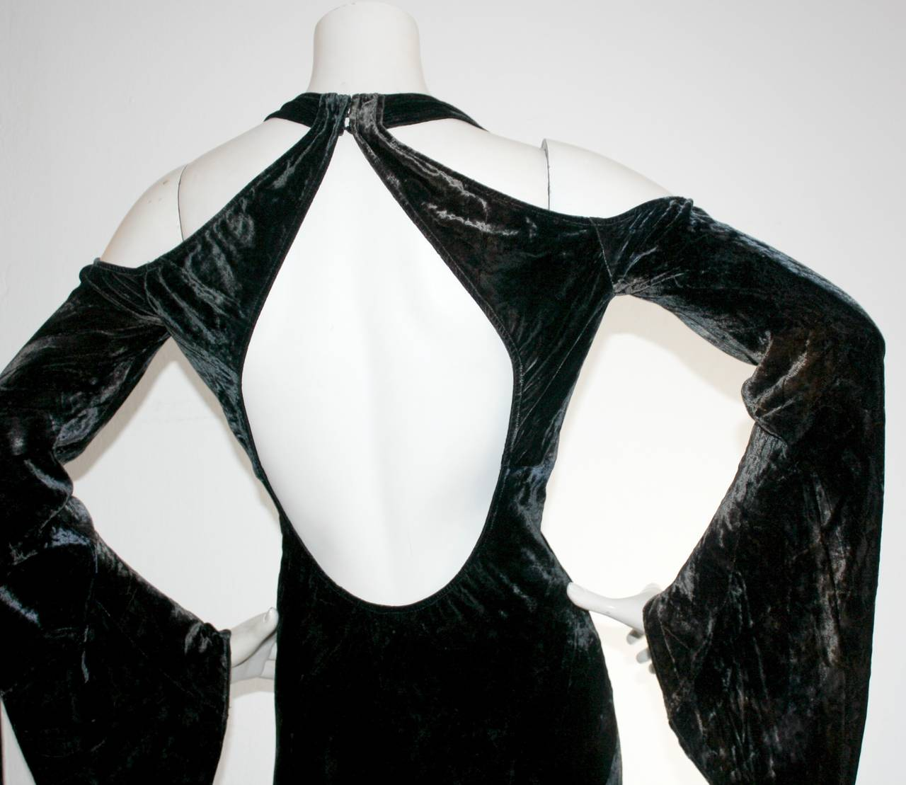 Vintage Donna Karan Ombré Crushed Velvet Blue & Green Open Back Runway Gown For Sale 5