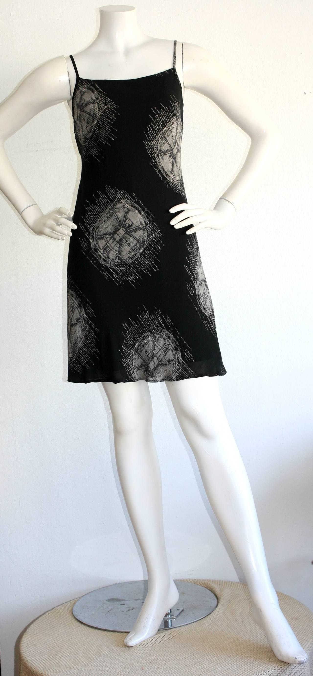 "Black 1990s Vintage Moschino Cheap & Chic Novelty Dress "" Olive Oyl On Bulls Eyes "" For Sale"