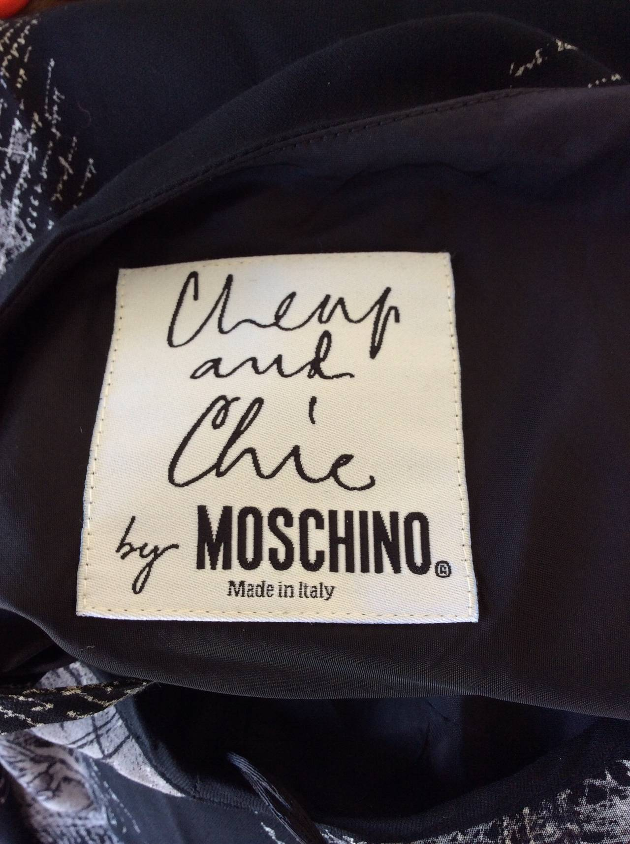 """1990s Vintage Moschino Cheap & Chic Novelty Dress """" Olive Oyl On Bulls Eyes """" For Sale 2"""