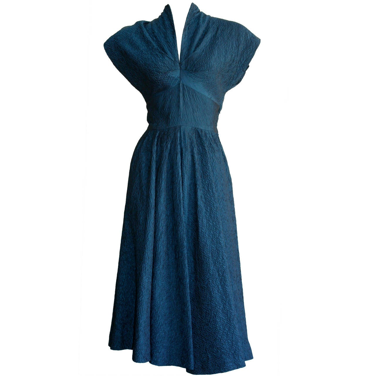 1940s Dressing Gown: Ultimate Vintage 1940s Dress Blue Textured Silk W