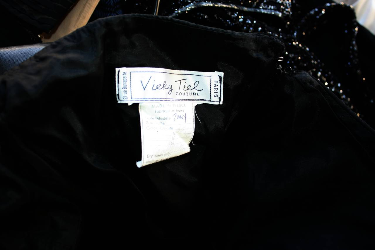 Remarkable Vintage Vicky Tiel Couture Black Jersey Off-Shoulder Gown 6