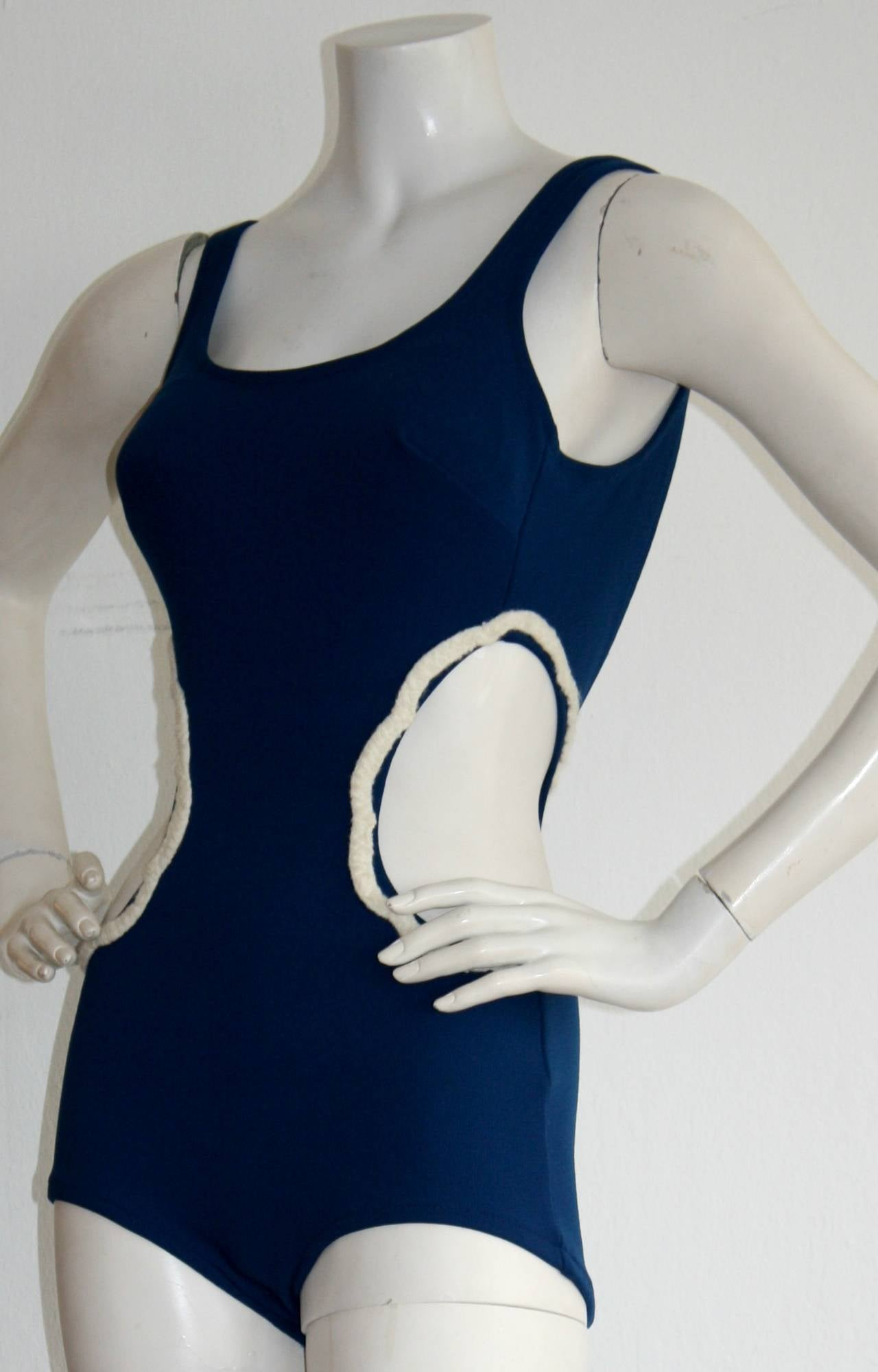 1960s Vintage Oleg Cassini ' Peter Pan ' Space Age Cut-Out Swimsuit In Excellent Condition For Sale In San Francisco, CA