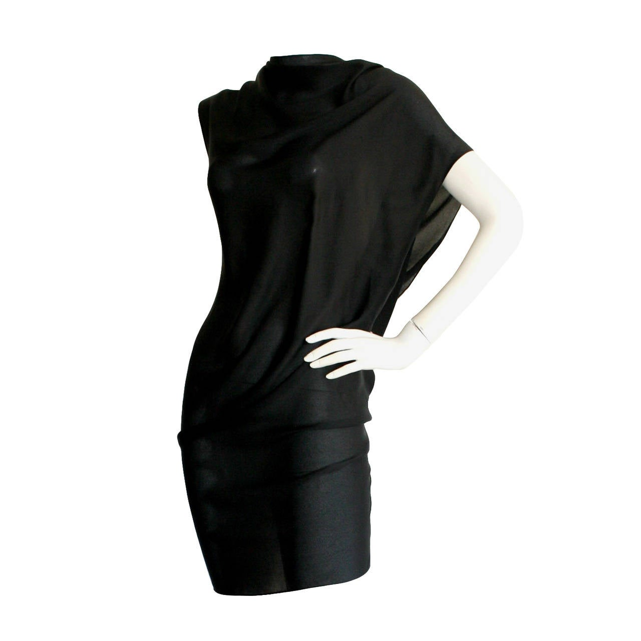 "Beautiful Alexander McQueen Black Dress Pre-Death from "" His "" Last Collection"